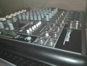 Mixer mackie profx8 -channel