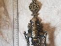 Ornament de poarta vechi    din bronz masiv.