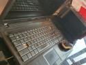 Laptop Asus cu mici probleme