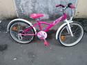 Bicicleta copii fetița