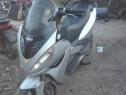 Dezmembrez Malaguti Madison 125 R 4T 2005