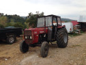 Tractor universal 704