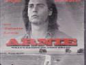 Arnie, cu Johnny Depp, Leonardo di Caprio si Juliette Lewis,
