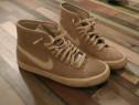 Adidas Nike 36