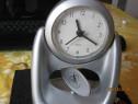 Ceas quartz de birou+mecanism rotire permanenta,nou,perfect