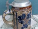 Halbă de bere ceramică cu capac metalic 17 cm