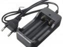 Incarcator pentru 2 acumulatori baterii reincarcabile