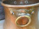 Caldarusa veche pentru aghiasma