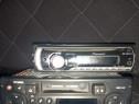 CD și radiocasetofon auto