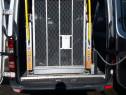 Lift hidraulic auto persoane cu dezabilitati