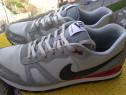 Adidasi Nike mar 45.5 UK 10.5 (29.5 cm) made in Vietnam.