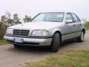 Dezmembrez Mercedes c200 W202