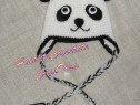 """Caciula handmade """"zâmbăreţul Panda """""""