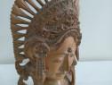 Statueta femeie din lemn masiv
