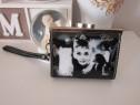 Vintage Clutch-Chic Audrey Hepburn Breakfast atTiffany-cadou