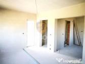 Apartament 4 camere 93 mp utili balcon loc de parcare Guster