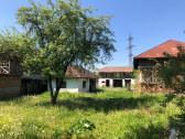 Teren și casa Stoenesti, Valcea
