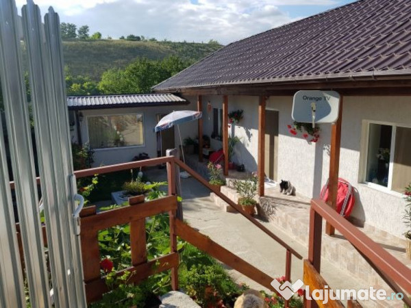 Vanzare  casa  4 camere Tulcea, Parches  - 35500 EURO