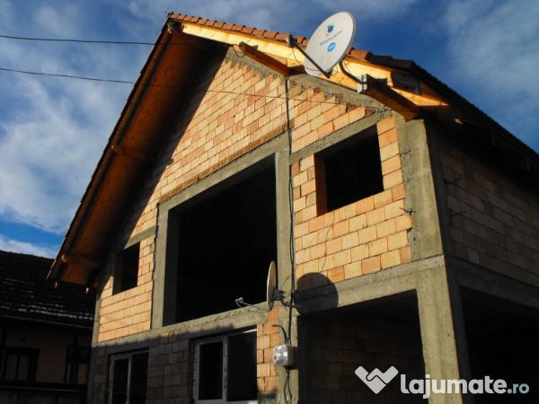 Vanzare  casa  5 camere Brasov, Comana de Sus  - 38000 EURO