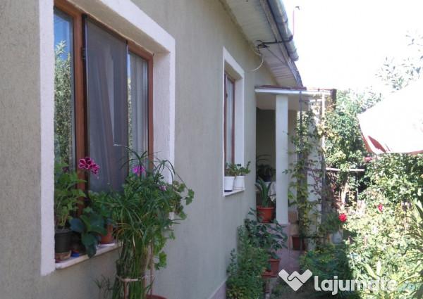 Vanzare  casa  5 camere Vrancea, Valeni (Straoane)  - 31000 EURO