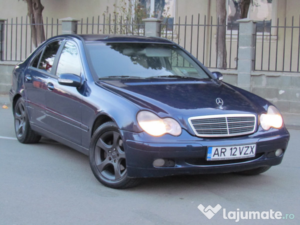 mercedes c200 c220 cdi 2 2 cdi an 2001 eur. Black Bedroom Furniture Sets. Home Design Ideas