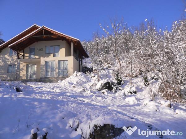 Vanzare  casa  5 camere Valcea, Govora  - 124000 EURO