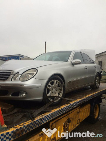 dezmembram mercedes e 220 cdi w 211 an 2004 motor 2 2 cdi 100 ron. Black Bedroom Furniture Sets. Home Design Ideas