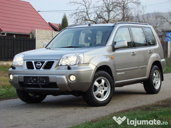 nissan x trail 4x4 2 2 cdi diesel an 2002 eur. Black Bedroom Furniture Sets. Home Design Ideas