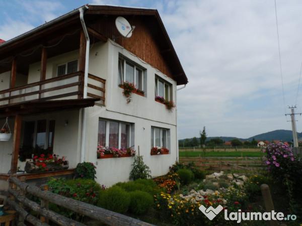 Vanzare  casa  5 camere Brasov, Sanpetru  - 90000 EURO