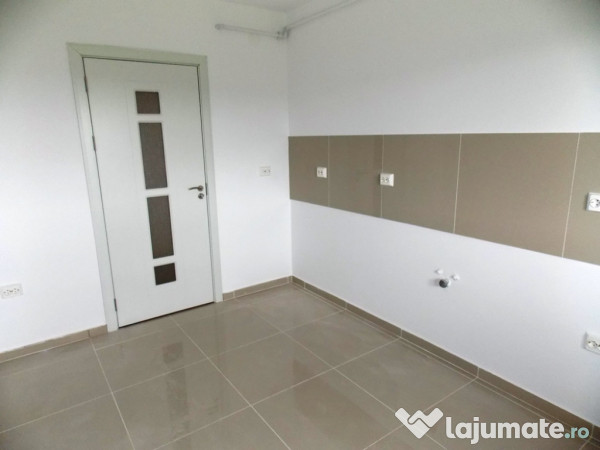 Apartament De 72 Mp 3 Camere Etaj 1 Calea Cisnadiei 49