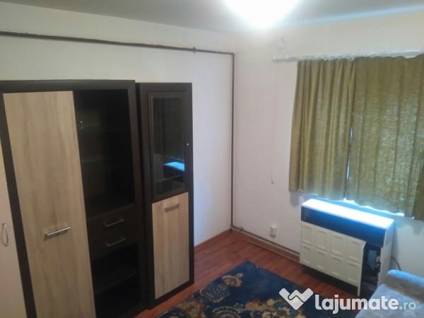 Inchiriere  apartament Caras Severin, Cuptoare (Resita)  - 450 EURO lunar