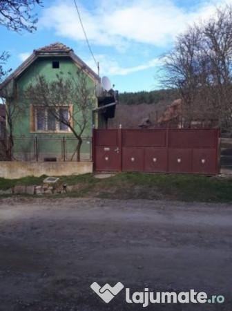 Vanzare  casa  3 camere Covasna, Bicfalau  - 35000 EURO